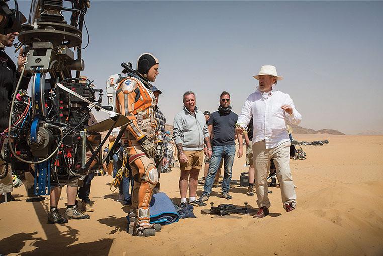 Matt Damon, Ridley Scott e la troupe a Wabi Rum